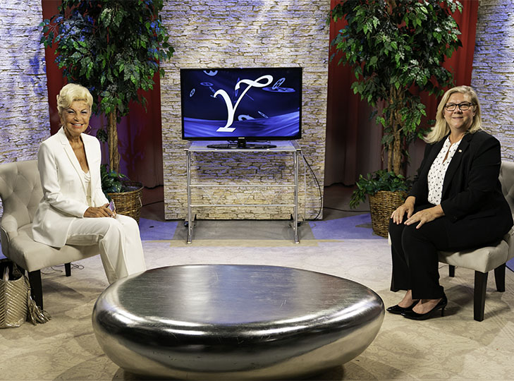 Glenna Gelineau with Yolanda after taping an episode of Yolanda Style & Glamour