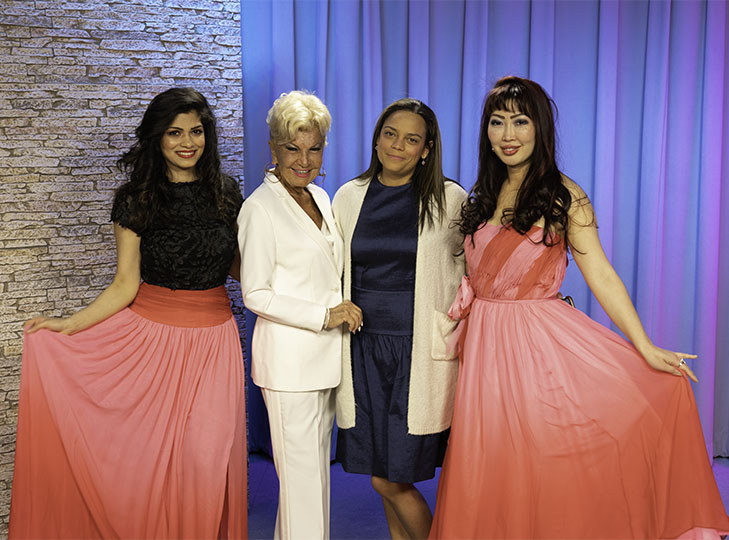 Melina Cortez with Yolanda and Models Olga Kwasniewski and Shweta Rawat