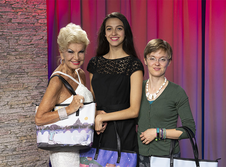 Yolanda, with Valentina Oppezzo and her model